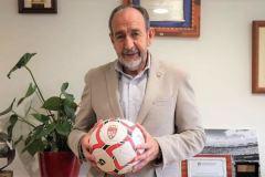 Paco-presidente-RFFM-Casillas-madrileno_2203889677_7550118_1300x731