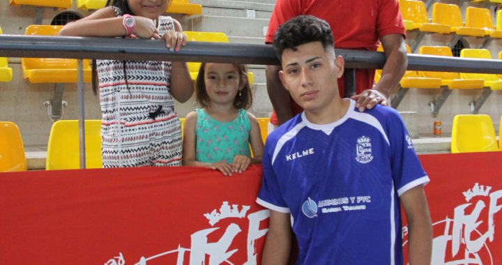 El jugador mostoleño Cristian Paul Molina, campeón de Europa sub-19