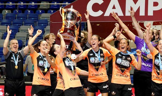 El Pescados Rubén Burela FS, campeón de la Primera División Femenina del fútbol sala español (3-2)