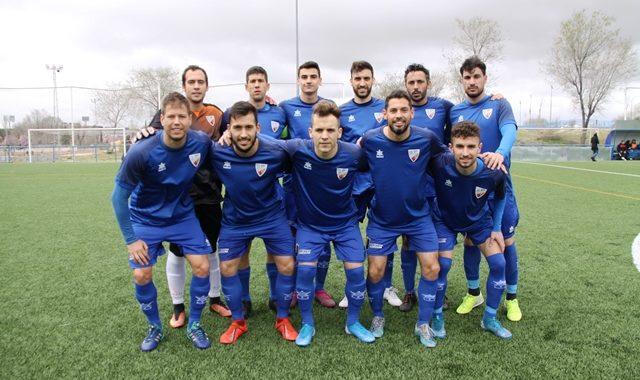 Celebración y renovación del Mostoles CF, por el ascenso a Tercera División.