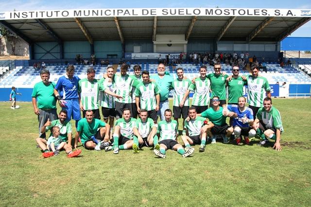 """""""Paco del Somatrans España"""", presidente de uno de los equipos más longevos y tradicionales del fútbol municipal mostoleño cumplió 62 años."""