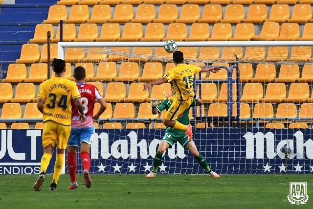Empate a dos goles entre la AD Alcorcón y el CD Lugo