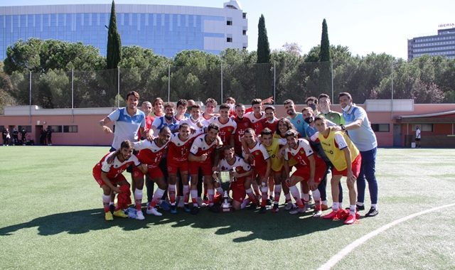 Pleno del CD Móstoles URJC en la Copa RFFM de Tercera y en la fase autonómica de la Copa RFEF