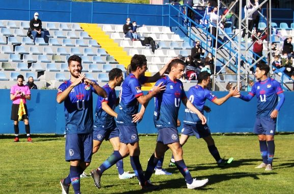 El CD Mostoles URJC se impone al Real CD Carabanchel por 2 goles 0