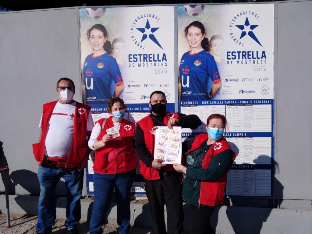 """El CD Móstoles URJC colaboró con la Cruz Roja en el """"Sorteo de Oro"""""""