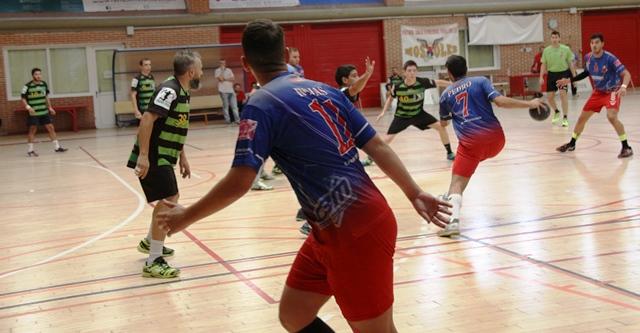 El Club Balonmano Móstoles vuelve a la competición