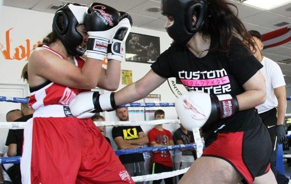"""""""Entrena duro, entrena seguro"""" en la Escuela de Boxeo Ludus de Móstoles."""