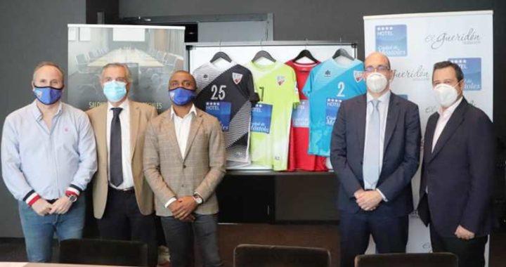El Hotel Ciudad de Móstoles y el Móstoles CF firman un acuerdo de colaboración