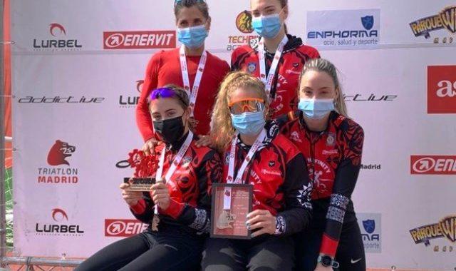 Gran actuación del Club Tri Infinity Móstoles en el Campeonato de Madrid de duatlón cross por equipos