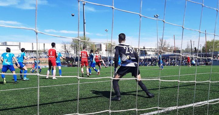 Victoria del  CD Móstoles URJC, por 1-2 en el Andrés Torrejón