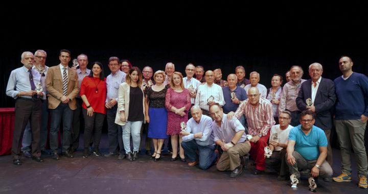Trofeos de la 9ª y 10ª edición del Campeonato de Billar Intercentros de la Comunidad de Madrid