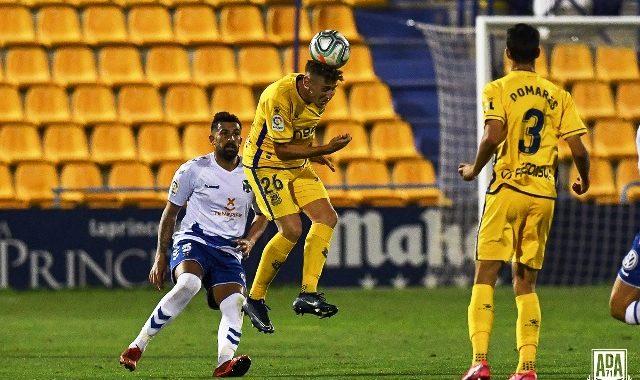 La escuadra amarilla empató a cero ante el CD Tenerife en Santo Domingo