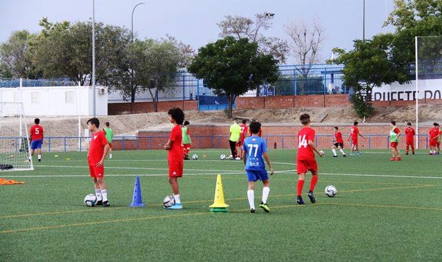 Enseñanza, formación y prácticas de los equipos base del Mostoles CF