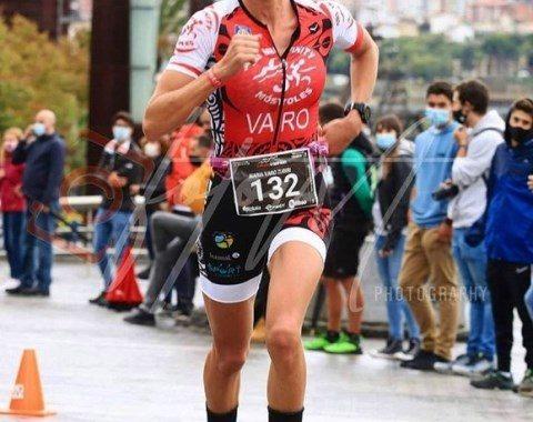 """El """"Tri Infinity Móstoles"""" de categoría femenina se proclama Campeón de España de Triatlón de media distancia"""