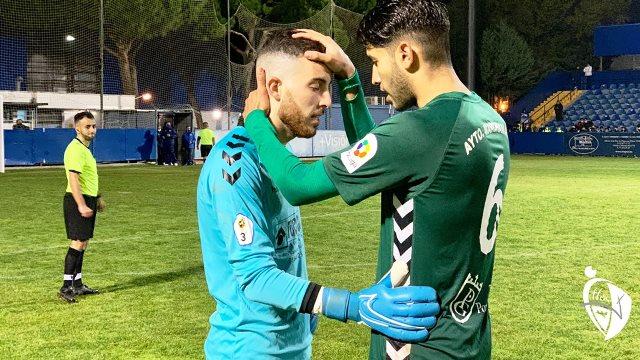 El conjunto alcarreño se clasifica para la primera ronda copera tras ganar 4-5, en la tanda de penaltis a los azulones de Móstoles.