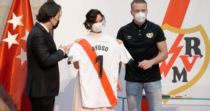 El Rayo Vallecano asciende a Primera División.