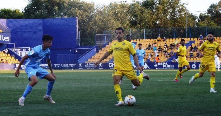 El Alcorcón derrota por 2 goles a 1 al Ibiza ante su público